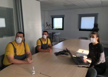 L'équipe RH accompagne les salariés dans l'ouverture de leur compte CPF et le transfert de leurs heures DIF